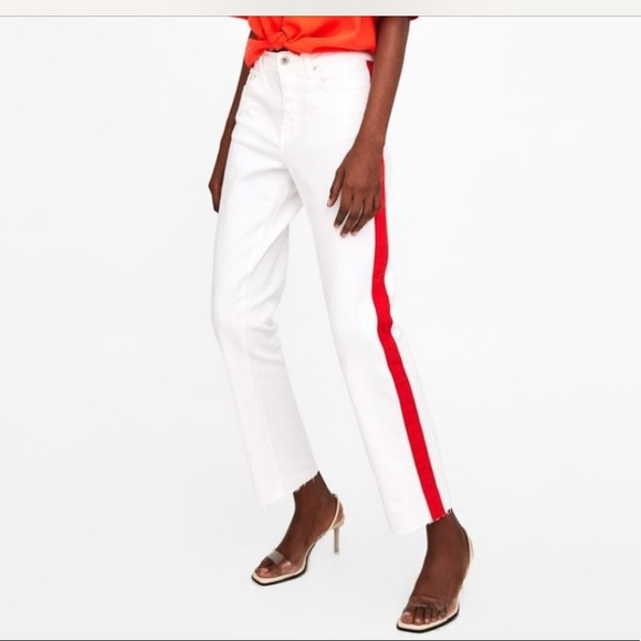 7e4c61f621 Zara TRF white denim jeans with red stripe
